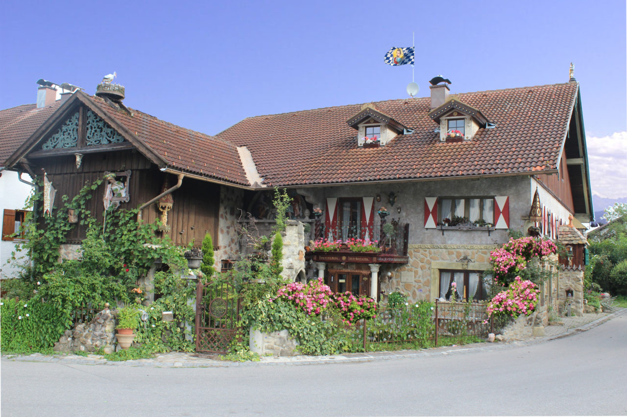 Das Künstlerhaus von Thomas Schöne in Rettenbach a.A.